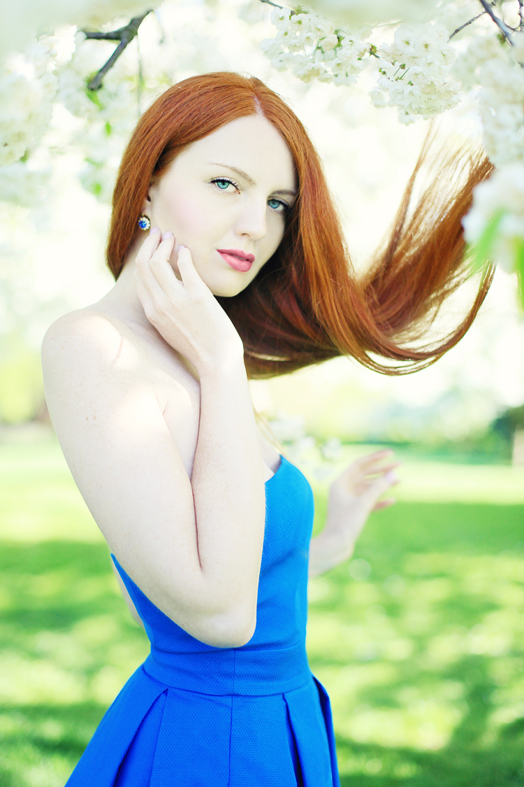 London-fashion-photoshoot-Regents_park_cherry_blossom_redhair_beauty14