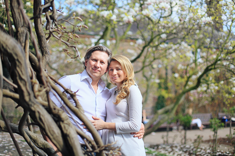 London_pregnancy_maternity_shoot_photo_holland_park001