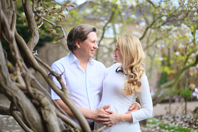 London_pregnancy_maternity_shoot_photo_holland_park003