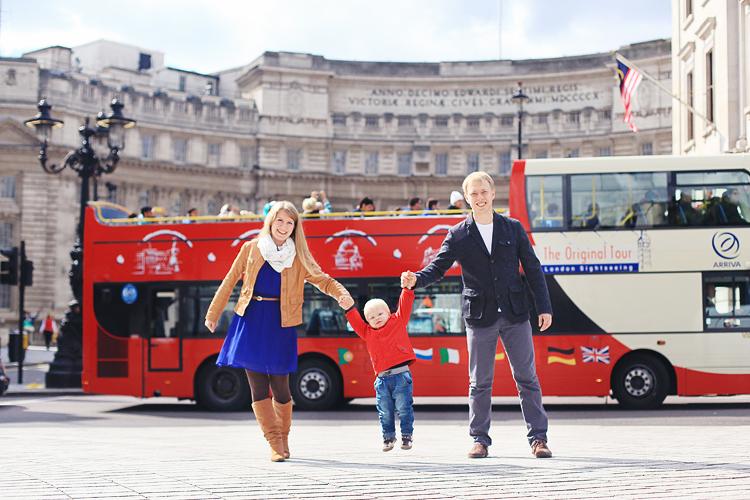 Family_outdoor_London_photo-shootBig-Ben-Westminsterkids_portraits_1 (2)
