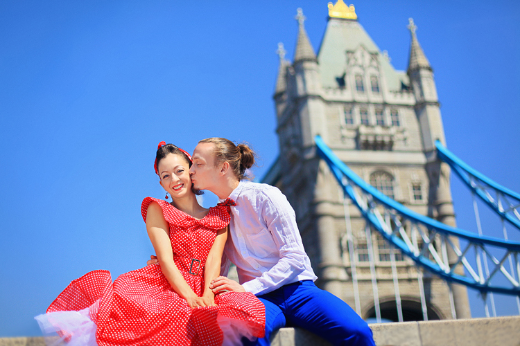 London_love-story-engagement-prewedding-photoshoot-dancers-outdoor-Big-Ben_03