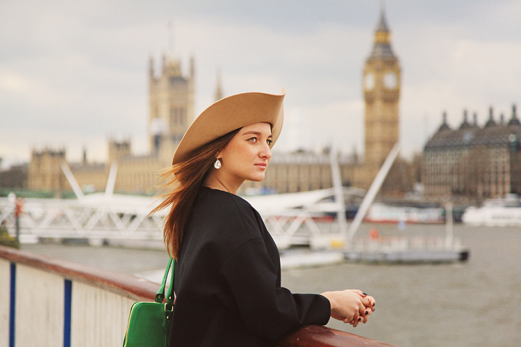 London_outdoor_fashion_portrait_photoshoot_Big-Ben_01