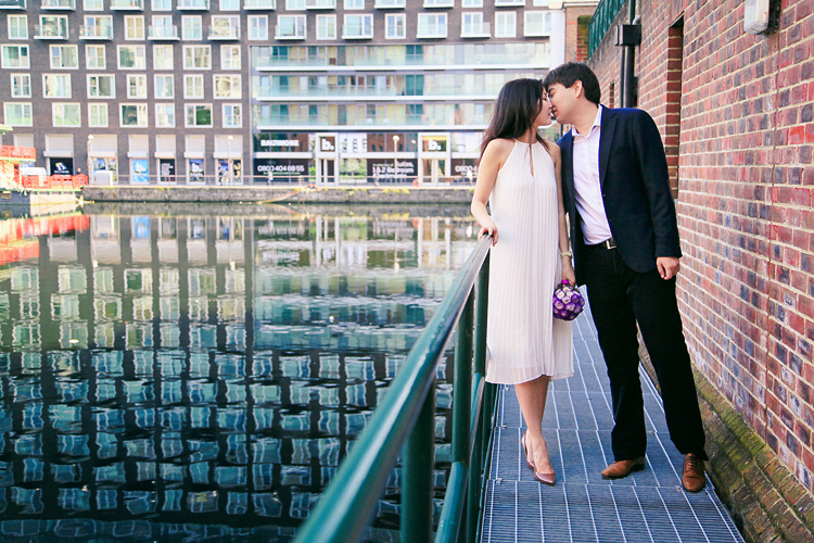 Love-story_photoshoot_engagement_pre-wedding_London_canary_wharf_westminster_big_ben_001