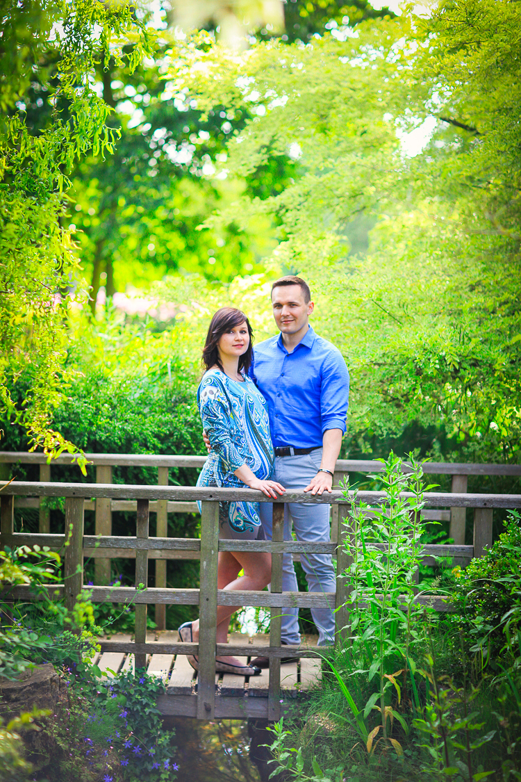 pregnancy_maternity_couple_photo_shoot_London_Regents_park_summer_rose_garden_sunset_003