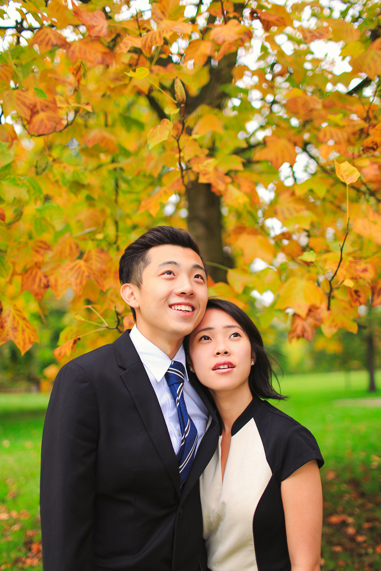 Graduation_love_couple-photo_shoot_London-Kensington_Autumn_outdoor_03