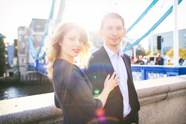 love-photoshoot_london-tower-bridge-st-katharine-docks-autumn-outdoor_01