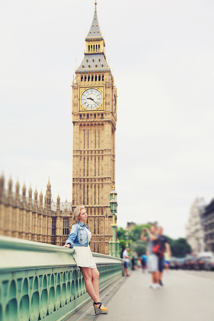 London-outdoor-portrait-photo-shoot-summer-Big_Ben_westminster-piccadilly-trafalgar-square-01