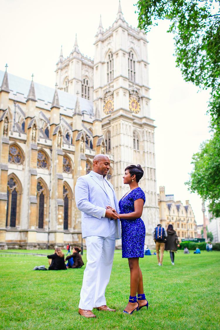 Engagement Couples London photo shoot Westminster Bridge Big Ben
