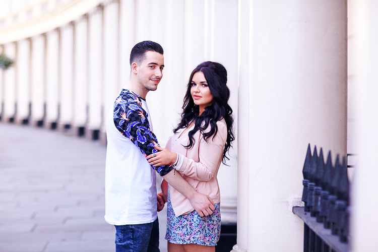 Couples engagement love pre wedding photo shoot London Regents park Marylebone summer garden  (2)