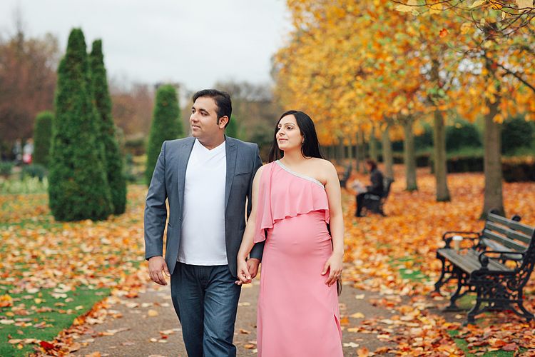 pregnancy maternity couples photo shoot autumn London Regent