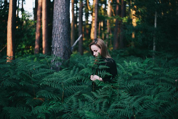 fern forest photo expressive portrait green england margarita karenko (2)