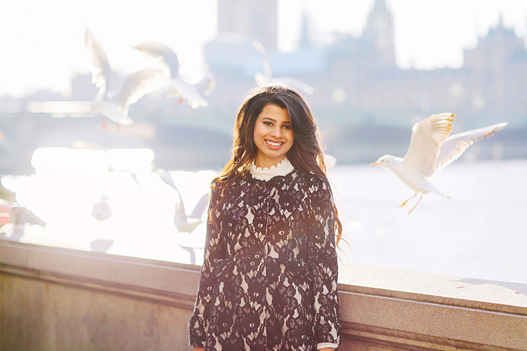 London outdoor portrait spring photo shoot fashion street style model westminster big ben st james park sunset (1)