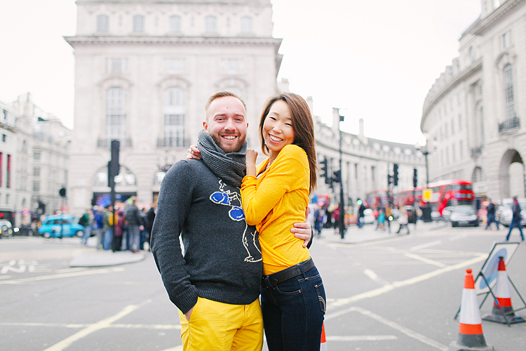 valentines day love couples engagement photo shoot London balloons piccadilly westminster big ben spring park yellow (1)