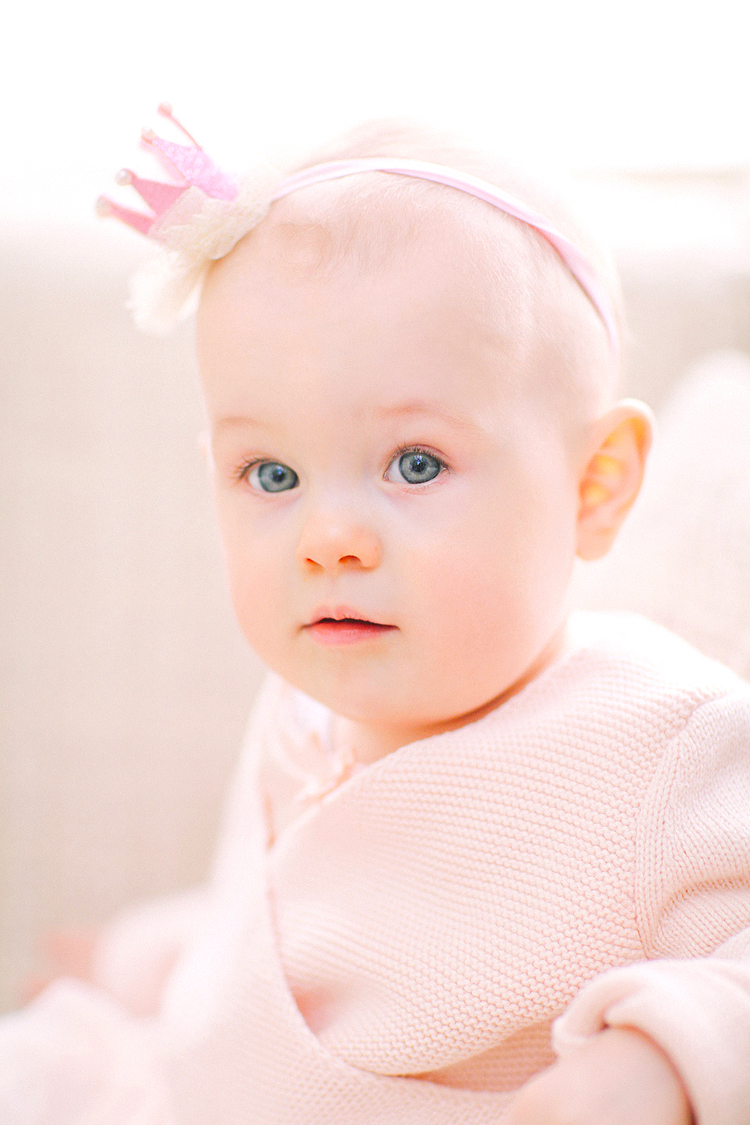 baby girl first birthday family photo shoot indoor London