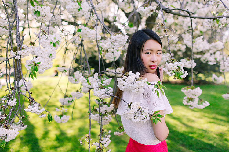 cherry blossom sakura spring london outdoor fashion portrait photoshoot regents park (2)