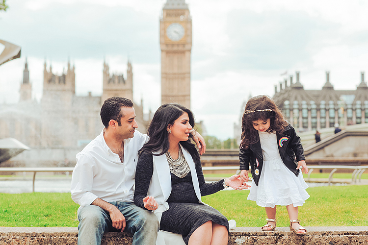 family london outdoor photo shoot photographer big ben westminster pregnancy