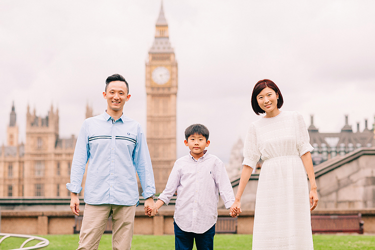 family photographer london outdoor photo shoot Westminster Big Ben summer (1)