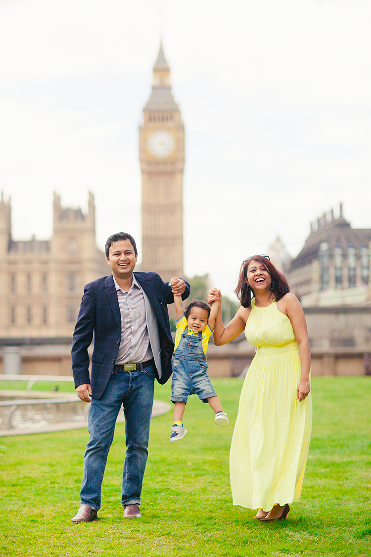 westminster-london-family-photographer-summer-big-ben-kids-portrait-3