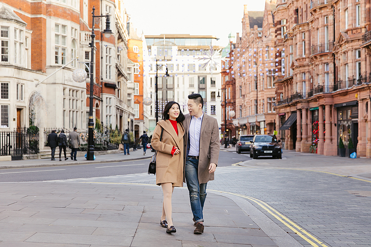 love couples pre wedding engagement photo shoot photographer London Mayfair Piccadilly Trafalgar square Westminster Big Ben London eye winter christmas