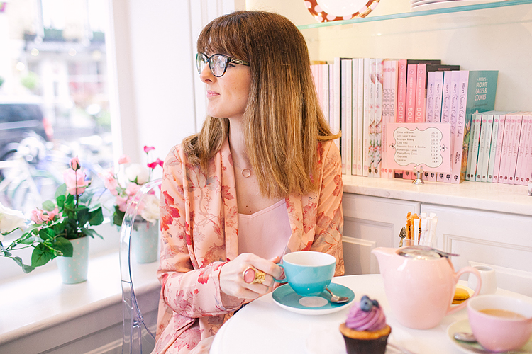 fashion street style blogger photo shoot summer chelsea peggy porschen belgravia little vintage star