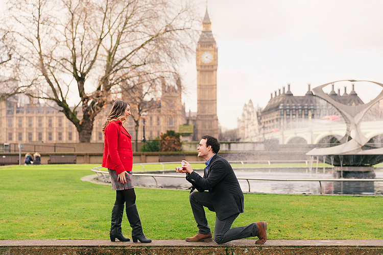 proposal engagement couples pre wedding photo shoot London Westminster Tower Bridge
